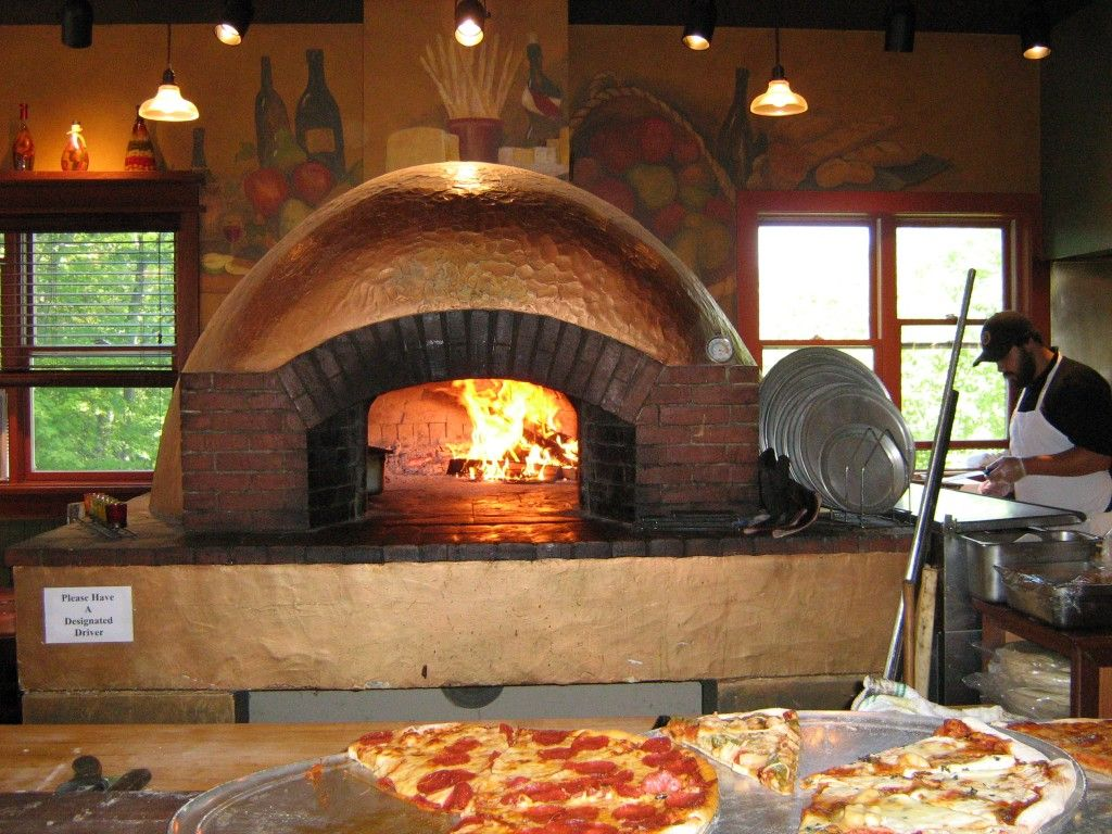 Want to Try A Tasty and Healthy Pizza? Go for Brick Oven Pizza!